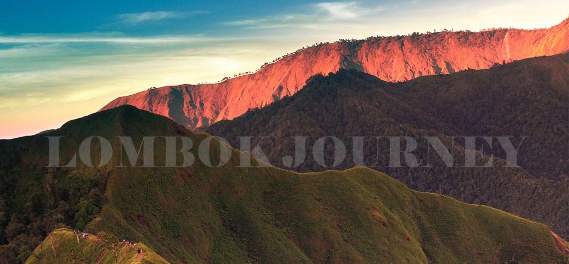 paket trekking bukit kondo dan savanna propok